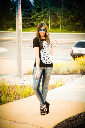 ami clubwear jeans - The Girl That Loves top - ami clubwear wedges
