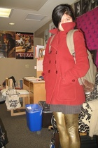 prepster way to do gold leggings. 2