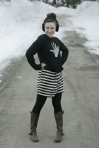 veronica Frye boots - Ella Moss dress - lucky sweater - black tights HUE legging