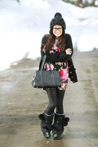 Mukluk boots - wildfox couture shirt - Chanel bag - Spanx stockings - cashmere E