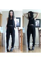 black wilfred top - black Zara pants - black Zara boots - red Chanel