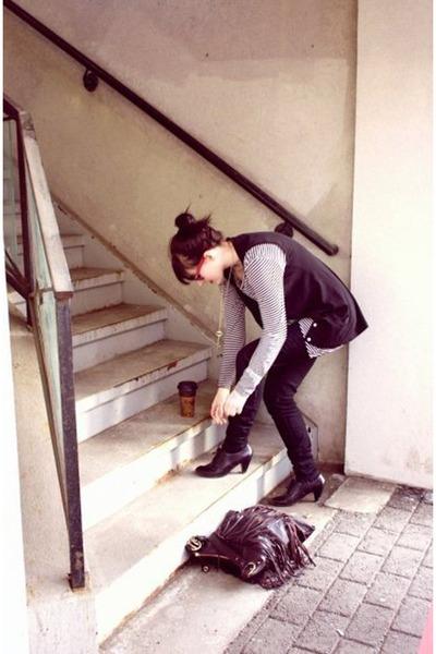 Zara shirt - Zara vest - Zara jeans - Aldo shoes - Zara purse - vintage necklace