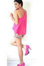 Hot-pink-floral-shorts-hot-pink-primadonna-top-hot-pink-pumps-heels
