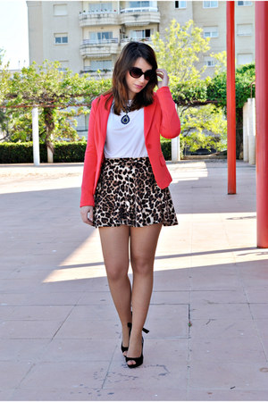 chicnova skirt - clockhouse blazer - OASAP necklace - Carolina Boix heels