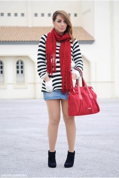 romwe sweater - clockhouse boots - Valentino bag