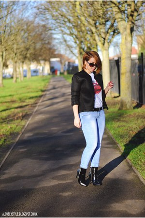 BBT Clothing t-shirt - Sole Affair boots - Dresskode jeans - Atmosphere jacket
