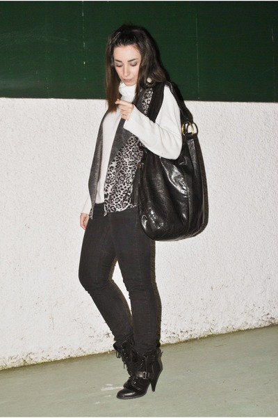 romwe vest - Dunnes boots - Adolfo Dominguez sweater - clockhouse bag