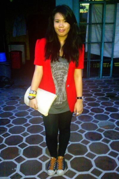 red blazer - gray top - black leggings - orange Chuck Taylor shoes