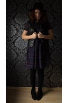 black new look boots - navy Primark dress - black H&M hat - black new look vest
