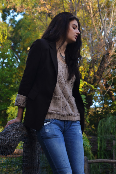 Tommy Hilfiger jeans - Vila sweater - Zara blazer