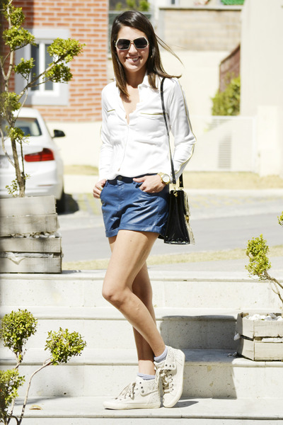 white Anamac shirt - navy Forever 21 shorts - beige Aldo sneakers