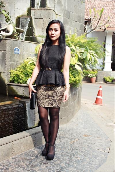 black Zara pumps
