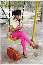 tawny Jessica Simpson heels - hot pink Zara jeans - tawny bag - yellow top