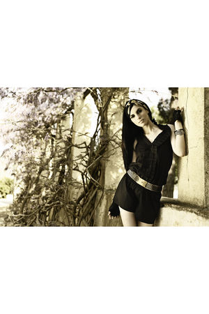 black Hypnosis dress - black vintage gloves - gold belt - silver bracelet - gold
