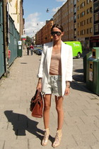brown purse - beige shoes - white blazer - blue shorts - black sunglasses