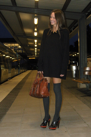 black Topshop shoes - black vintage sweater - brown Chloe purse