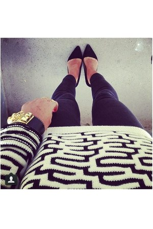 leggings - bracelet - heels - jumper