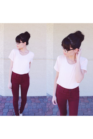maroon high-waisted jeans - light pink chiffon shirt
