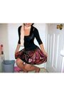 Black-h-m-shirt-red-candy-rain-skirt-gold-shoes-beige-scarf