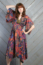 Black-gypsy-scarf-vintage-dress