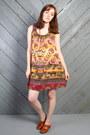 Dark-khaki-vintage-dress