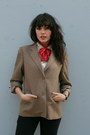 Black-vintage-jeans-camel-vintage-halston-blazer-ivory-vintage-blouse