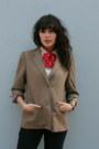 Black-vintage-jeans-camel-vintage-halston-blazer-ivory-vintage-blouse