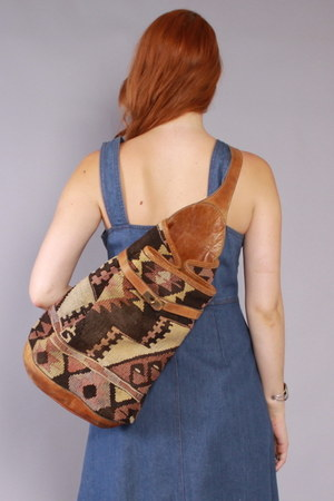 LUCKY VINTAGE purse