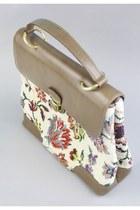 Ivory Tapestry Carpet Vintage Bags