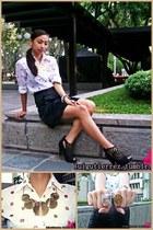 YRYS ring - Samut Sari necklace - Esprit skirt