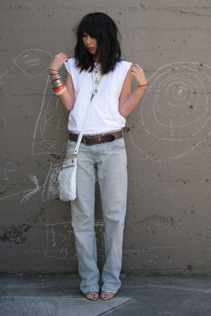 Hanes t-shirt - Levis jeans - Gryson for Target purse - Marc Jacobs shoes