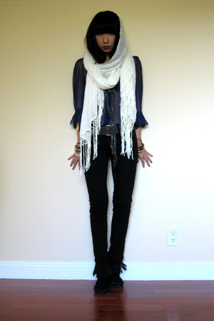 Matthew Williamson blouse - J Brand jeans - Minnetonka shoes - H&M scarf