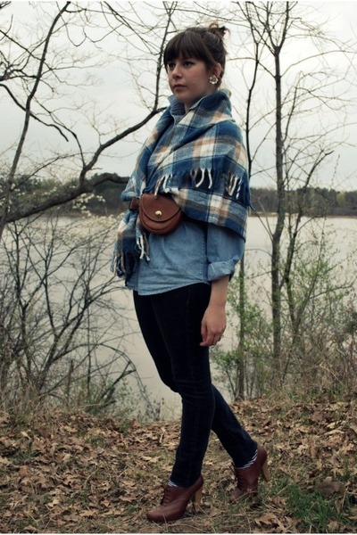 blue vintage coat - blue vintage shirt - blue Urban Outfitters jeans - brown sey