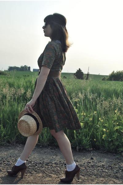 green vintage dress - beige Urban Outfitters hat - brown Forever 21 belt - brown