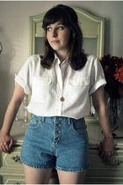 blue vintage shorts - white vintage blouse - gold modcloth necklace