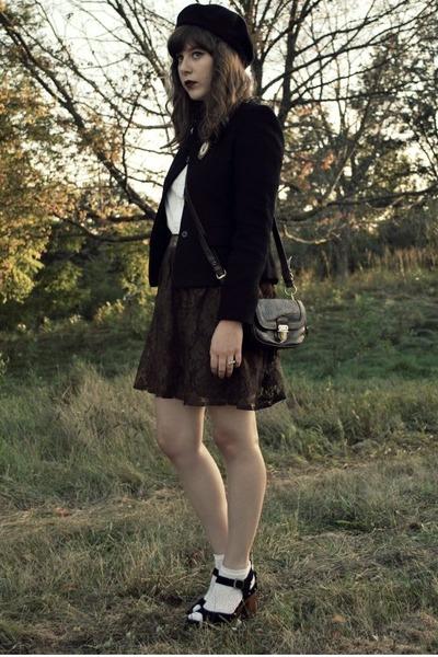 brown lace Delightful Dozen skirt - black clogs Jeffrey Campbell shoes