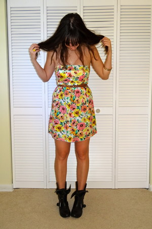 black motorcycle Zigi Soho boots - bubble gum floral print unsure dress