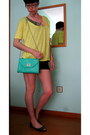 Turquoise-blue-mint-green-stradivarius-bag-black-micro-shorts-bershka-shorts