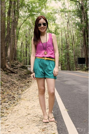 Topshop shorts - Ray Ban sunglasses