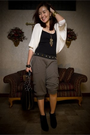 suede new look boots - gst Chanel bag - cotton on cardigan - jersey cotton on pa