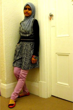 gray unbranded scarf - purple Valleygirl jeans - black Valleygirl dress - red Eq