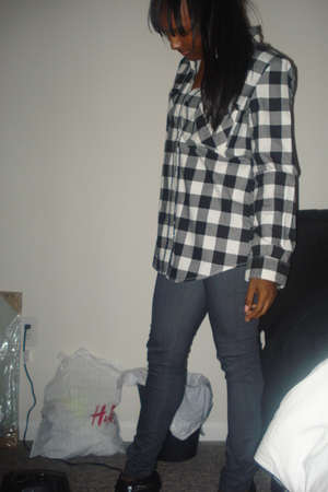 Forever 21 shirt - Forever 21 jeans - Bakers shoes