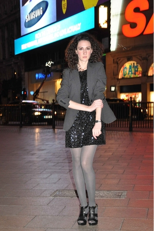 Shower Of Sequins In Picadilly (old pic.)