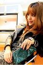 Black-zara-boots-black-leather-jacket-forest-green-boutique-purse-gold-vin