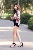 black velvet Mango shorts - ivory ivory Urban Outfitters top