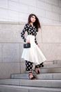 Black-saint-laurent-bag-black-tassel-aquazzura-heels
