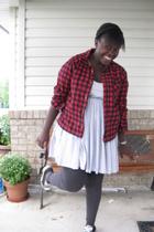 shirt - la vie en rose dress - American Eagle tights - Converse shoes