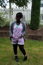 Gap sweater - Old Navy t-shirt - shorts - American Apparel stockings - Forever21