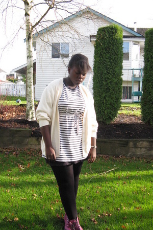 beige thrifted sweater - purple thrifted shoes - white t-shirt