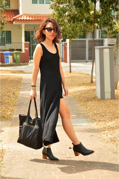 black ankle boots COS boots - black maxi dress Mphosis dress